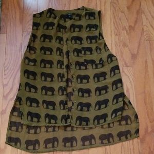 Womens elephant button sheer pocket top size small